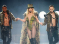 Фееричное выступление Бритни Спирс в Лондоне: девять костюмов, зажигательные танцы и звездные поклонники в зале