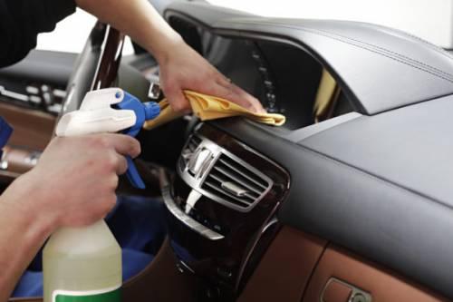 Какими средствами и как сделать химчистку салона автомобиля своими руками + фото, видео и отзывы