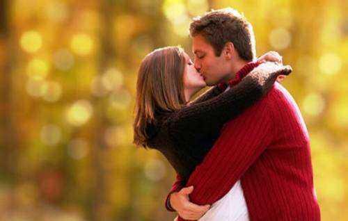 Сонник целоваться с женой в губы