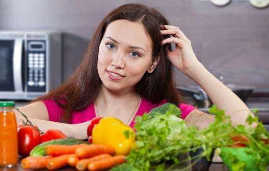 Какие овощи можно кормящей маме, а с какими нужно быть осторожными