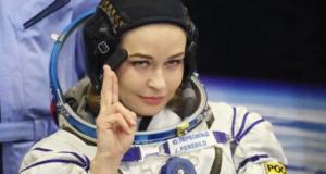 ЮлиЯ Пересильд первая в мире актриса полетевшая в космос